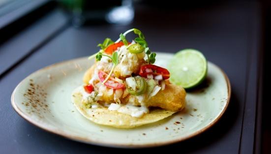 Los Colibris - Elia's fish tacos
